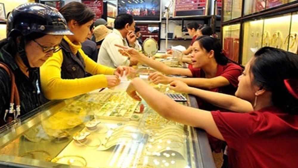 Chênh lệch vàng SJC với thế giới chỉ còn 70.000 đồng mỗi lượng